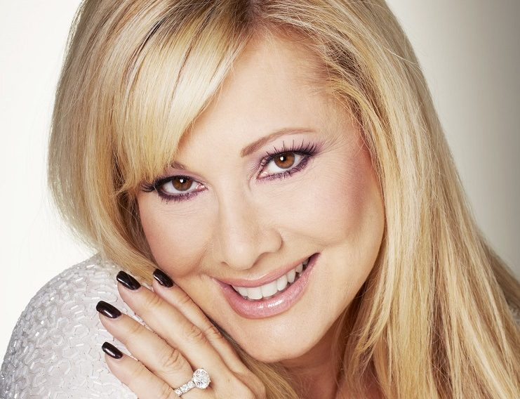Rhonda Shear Entrepreneur headshot photo